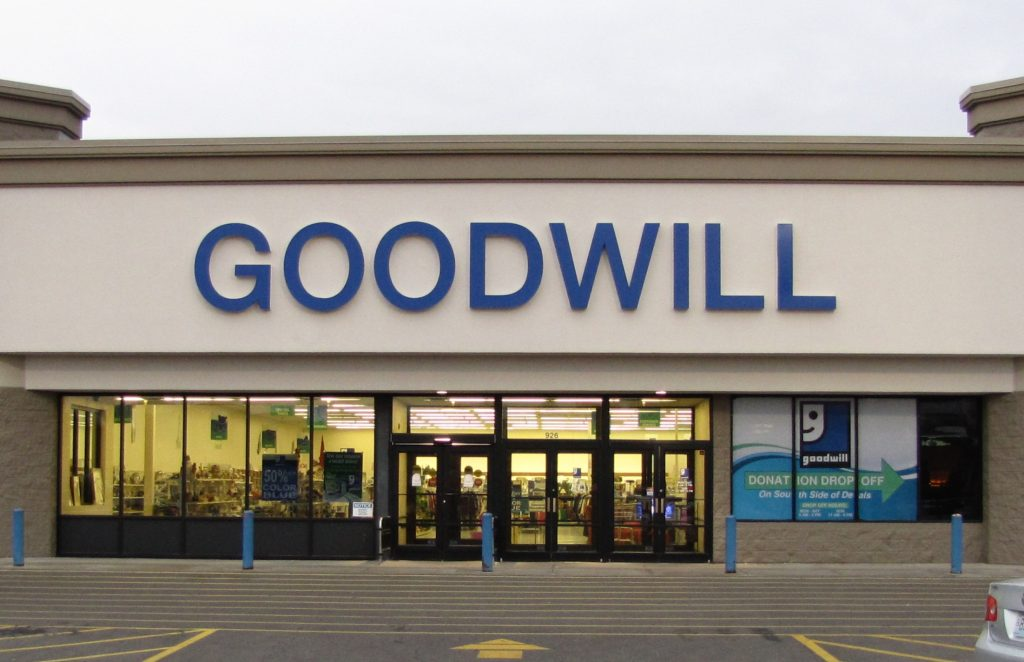 Goodwill Holiday Hours